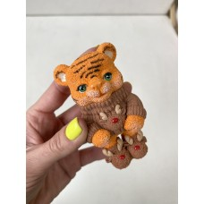 Silicone mold Tiger in sweater